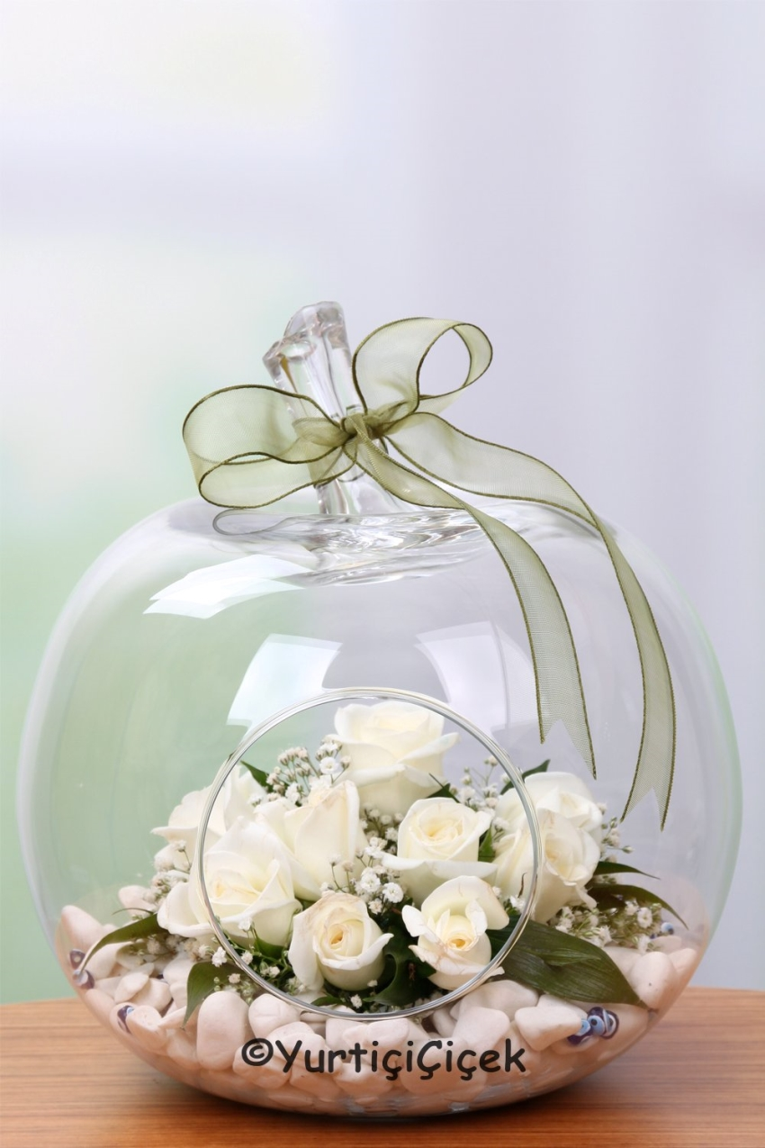 Apples Custom Design Glass Design your loved ones prepared by the White Rose Least Special Gift Send them up. Approximately Product Size: 25cm