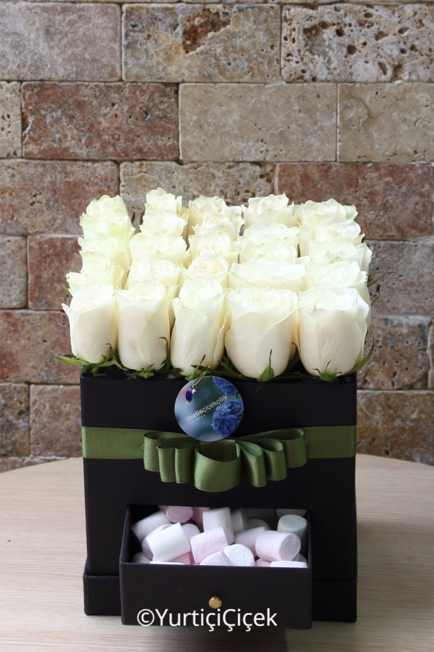 Special Glass Vase on to tell me that you love the special touch of the Mini Orchid Very But Very Easy.